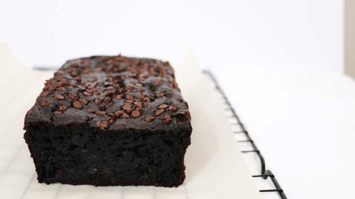 Healthy Chocolate Zucchini Loaf